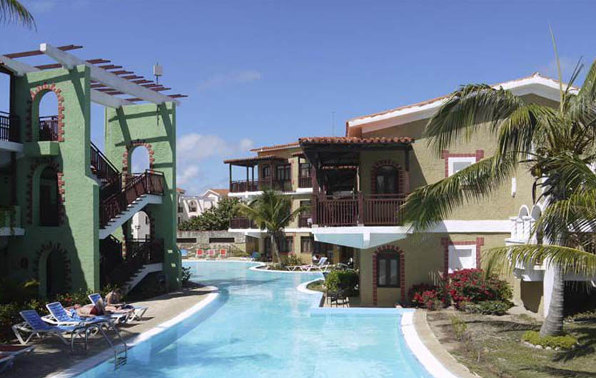 Colonial Cayo Coco Pool